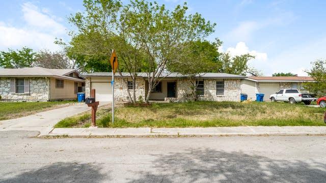 Photo 1 of 27 - 5107 Happiness St, San Antonio, TX 78219