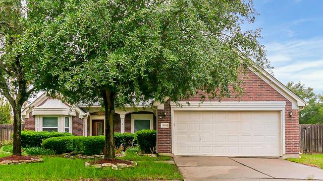 Photo 1 of 30 - 18011 Oakwind Ct, Richmond, TX 77407