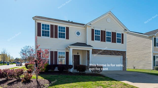 Photo 1 of 21 - 2321 Stony Bottom Dr, Raleigh, NC 27610