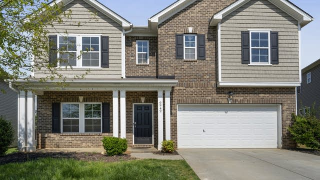 Photo 1 of 21 - 6942 Barefoot Forest Dr, Charlotte, NC 28269