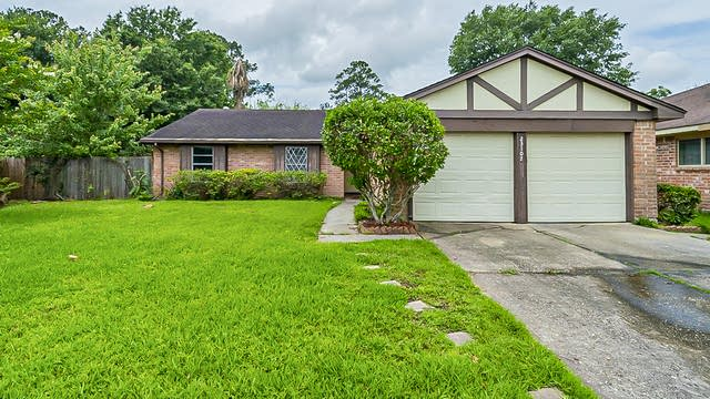 Photo 1 of 32 - 23107 Bright Star Dr, Spring, TX 77373