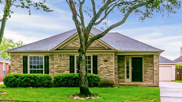 Photo 1 of 54 - 1534 Martin Lake Dr, Richmond, TX 77406