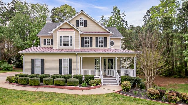 Photo 1 of 28 - 30 Spring Woods Dr, Dallas, GA 30157