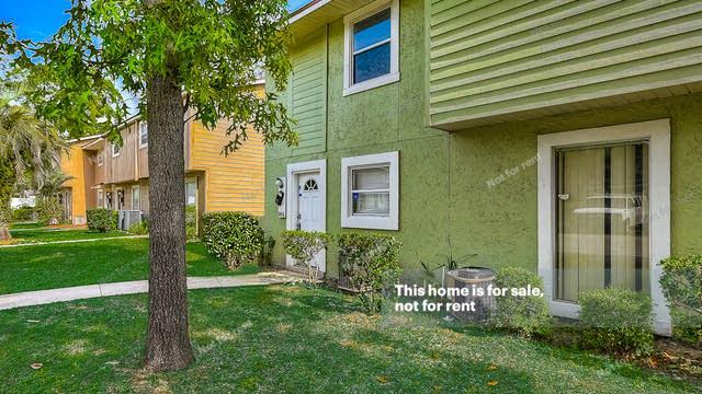 Photo 1 of 27 - 11406 Bedford Oaks Dr, Jacksonville, FL 32225