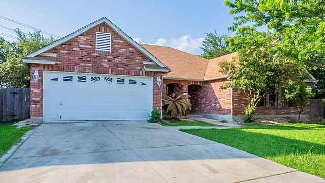 Photo 1 of 24 - 14114 Edge Point Dr, San Antonio, TX 78230