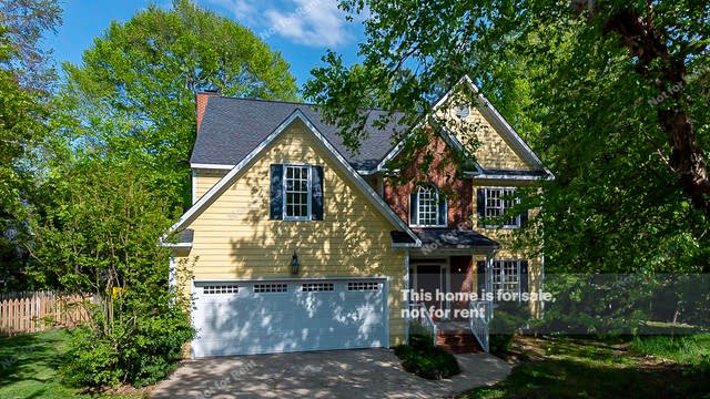 Photo 1 of 27 - 4744 Grand Cypress Ct, Raleigh, NC 27604
