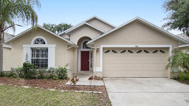Photo 1 of 17 - 7025 Colony Pointe Dr, Riverview, FL 33578