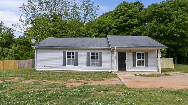 Photo 1 of 23 - 1078 Old Powder Springs Rd SW, Mableton, GA 30126