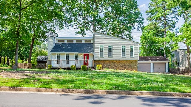 Photo 1 of 17 - 5876 Oak Ct, Douglasville, GA 30135
