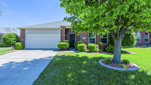 Photo 1 of 22 - 1311 Cahaba Dr, Wylie, TX 75098