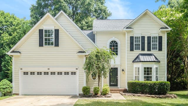 Photo 1 of 19 - 182 Pamlico Ln, Mooresville, NC 28117