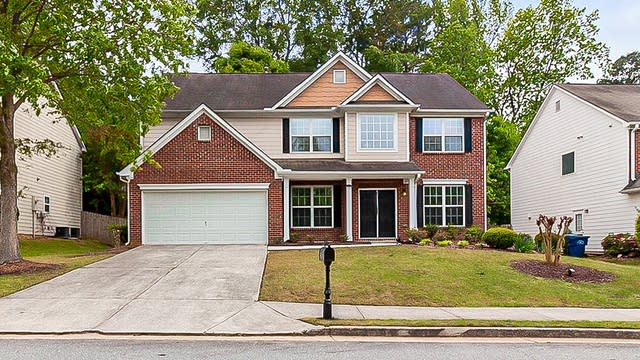 Photo 1 of 28 - 2810 Glenlocke Cir NW, Atlanta, GA 30318