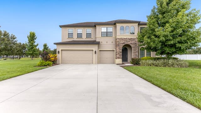 Photo 1 of 16 - 3315 Ranchdale Dr, Plant City, FL 33566