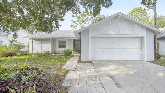 Photo 1 of 15 - 2707 Lakeville Dr, Tampa, FL 33618
