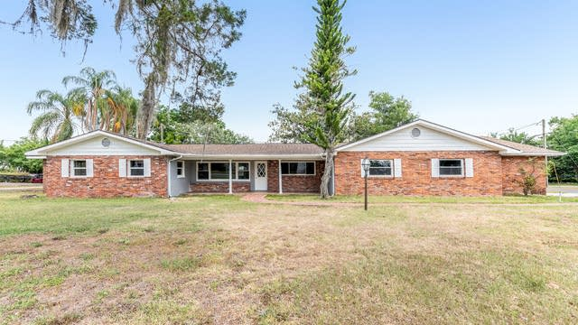 Photo 1 of 16 - 13730 7th St, Dade City, FL 33525