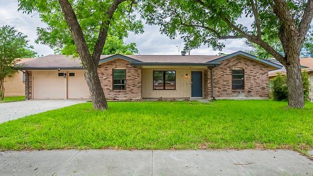Photo 1 of 18 - 5811 Kettering Dr, San Antonio, TX 78228