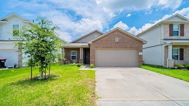 Photo 1 of 32 - 17518 Solly Oak Pl, Humble, TX 77396