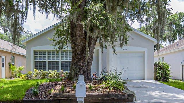 Photo 1 of 19 - 6728 Summer Haven Dr, Riverview, FL 33578