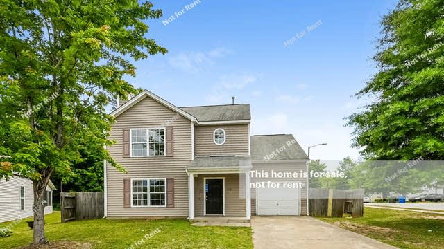 Photo 1 of 27 - 4209 Bismith Dr, Raleigh, NC 27610