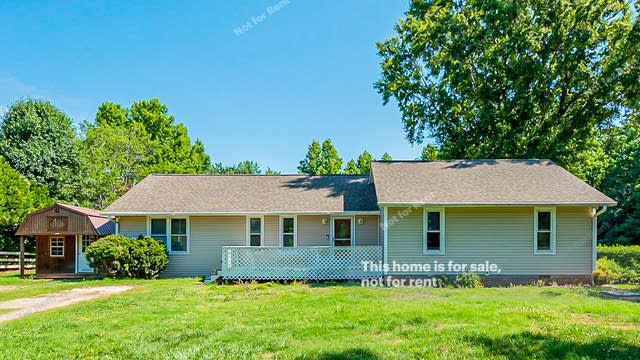 Photo 1 of 16 - 525 Rand Rd, Raleigh, NC 27603