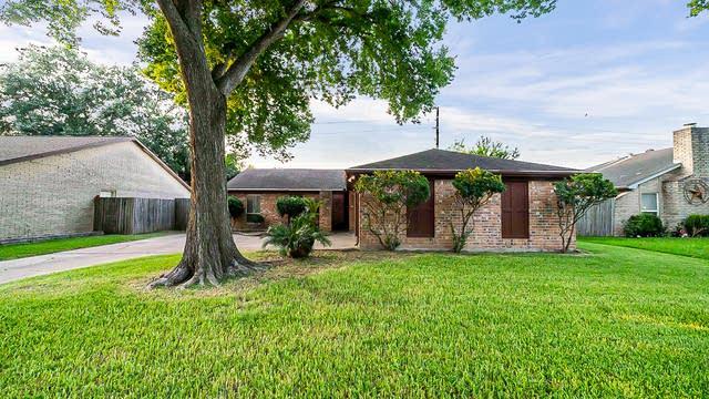 Photo 1 of 32 - 16518 Royal Mile Ln, Houston, TX 77084