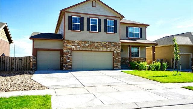Photo 1 of 32 - 12652 E 104th Dr, Commerce City, CO 80022