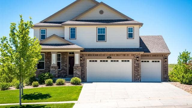 Photo 1 of 34 - 8285 S Country Club Pkwy, Aurora, CO 80016