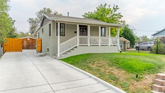Photo 1 of 22 - 418 S Raleigh St, Denver, CO 80219