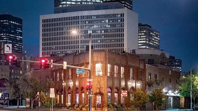 Photo 1 of 31 - 2185 N Broadway, Denver, CO 80205
