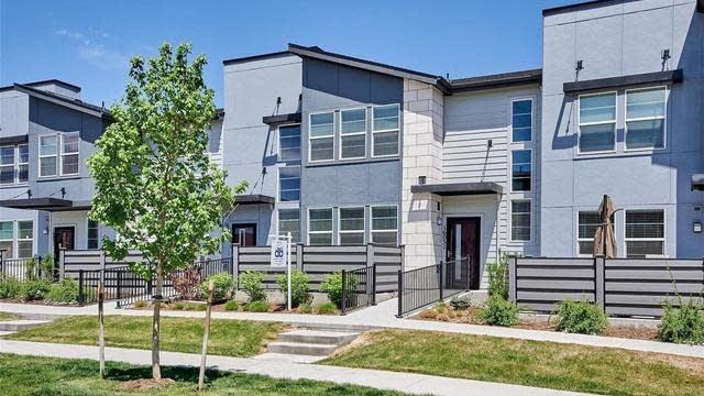 Photo 1 of 30 - 16051 Bolling Dr, Denver, CO 80239