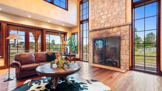 Photo 1 of 40 - 18057 E Hinsdale Ave, Foxfield, CO 80016