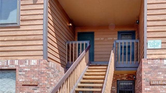 Photo 1 of 22 - 2255 S Buckley Rd #201, Aurora, CO 80013