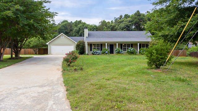 Photo 1 of 20 - 145 Allen Oaks Way, Covington, GA 30016