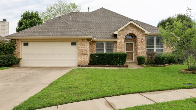 Photo 1 of 25 - 8 Willowstone Ct, Mansfield, TX 76063