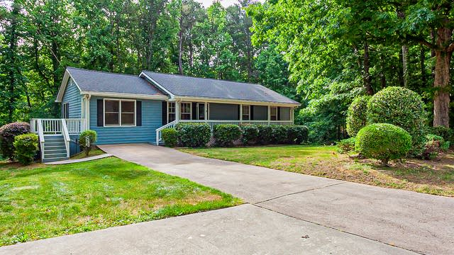 Photo 1 of 31 - 2010 Carriage Way, Lawrenceville, GA 30043
