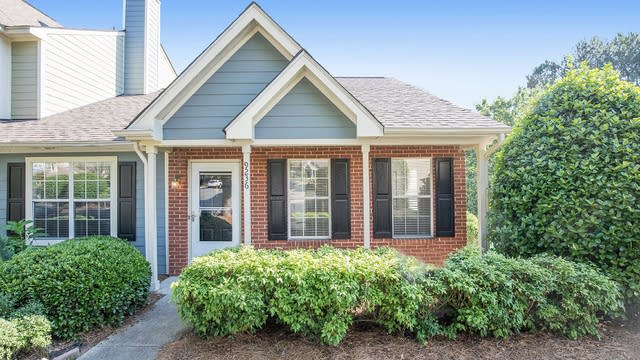 Photo 1 of 20 - 9236 Four Mile Creek Rd, Charlotte, NC 28277
