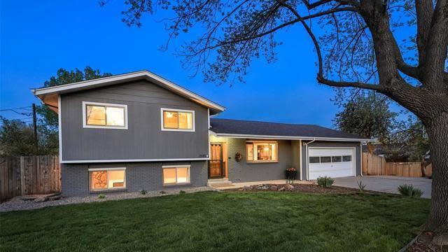 Photo 1 of 31 - 2580 Saulsbury St, Lakewood, CO 80214