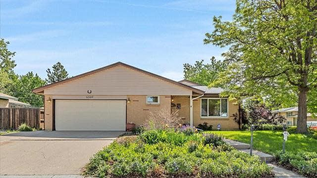 Photo 1 of 27 - 6302 Pierson Ct, Arvada, CO 80004