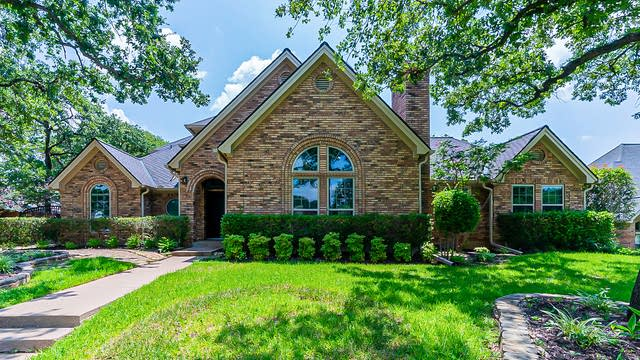 Photo 1 of 41 - 3605 Woodcrest Ct, Colleyville, TX 76034