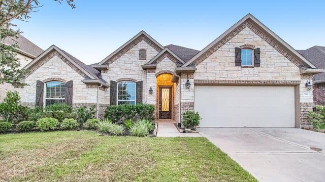 Photo 1 of 17 - 7511 Irby Cobb Blvd, Richmond, TX 77469